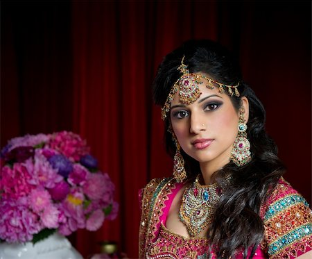 Image of a beautiful Indian bride traditionally dressed Stock Photo - Budget Royalty-Free & Subscription, Code: 400-05697305