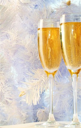 simsearch:400-05749231,k - Two champagne flutes with firtree branch behind Stock Photo - Budget Royalty-Free & Subscription, Code: 400-05705284