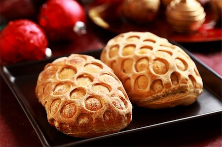 Delicious Christmas bread filled with ham Stock Photo - Budget Royalty-Free & Subscription, Code: 400-05733103