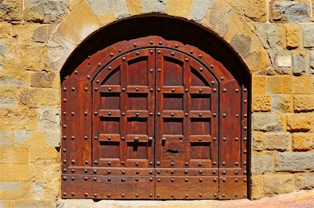 Close-up Image Of Wooden Ancient Italian Door Stock Photo - Budget Royalty-Free & Subscription, Code: 400-05745217