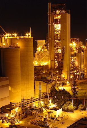 pipework - Cement Plant at night Stock Photo - Budget Royalty-Free & Subscription, Code: 400-05752749