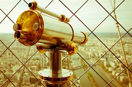 scope - Beautiful scene in the Eiffel Tower with a view of Paris Stock Photo - Budget Royalty-Free & Subscription, Code: 400-06059896