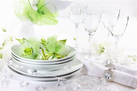 Luxury place setting for wedding in white and green tone Stock Photo - Budget Royalty-Free & Subscription, Code: 400-06066806