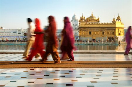 punjabi - Group of Sikh pilgrims walking by the holy pool,Golden Temple,Amritsar,Punjab state,India,Asia Stock Photo - Budget Royalty-Free & Subscription, Code: 400-06071678