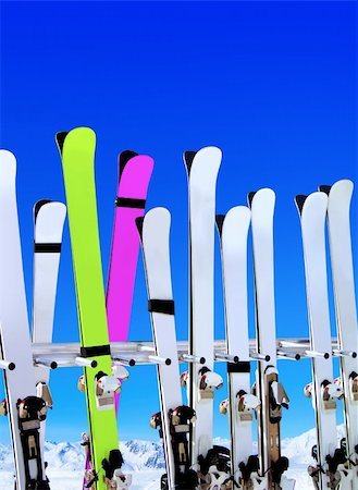 skis on snow covered place in winter with mountains in the distance Stock Photo - Budget Royalty-Free & Subscription, Code: 400-06088381