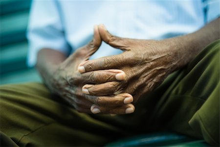 diego_cervo (artist) - closeup of hands of elderly african american man sitting on bench Stock Photo - Budget Royalty-Free & Subscription, Code: 400-06142039