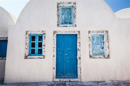 An image of a nice old house in Santorini view Stock Photo - Budget Royalty-Free & Subscription, Code: 400-06142938