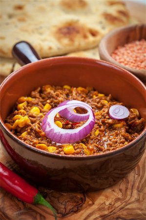 Mexican chilli con carne with red lentils and flatbread Stock Photo - Budget Royalty-Free & Subscription, Code: 400-06457296