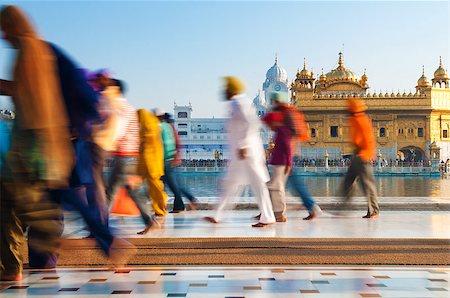 punjabi - Group of Sikh pilgrims walking by the holy pool, Golden Temple, Amritsar, Pun jab state, India, Asia Stock Photo - Budget Royalty-Free & Subscription, Code: 400-06558379