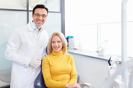 Patient with a dentist in clinic Stock Photo - Budget Royalty-Free & Subscription, Code: 400-06866919