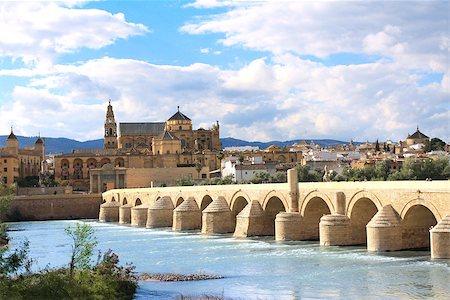 puentes - Great Mosque, Roman Bridge and Guadalquivir river, Cordoba, Spain Stock Photo - Budget Royalty-Free & Subscription, Code: 400-07044305