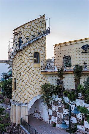 puentes - Artistic tower in Puente de Genave, Spain Stock Photo - Budget Royalty-Free & Subscription, Code: 400-07123644