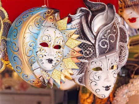 family image and confetti - typical carnival mask of venice italy Stock Photo - Budget Royalty-Free & Subscription, Code: 400-07223563