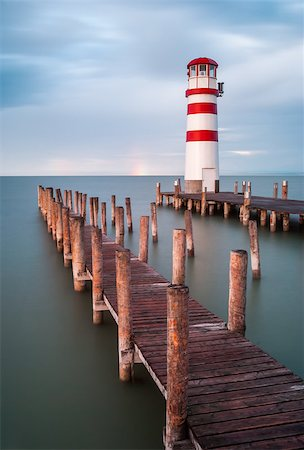 podersdorf - Lighthouse at Lake Neusiedl, Austria Foto de stock - Super Valor sin royalties y Suscripción, Código: 400-07405238