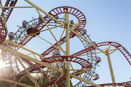 dpruter - Wiener Riesenrad Ferris Wheel and Roller Coaster in the Prater amusement park in Vienna, Austria Stock Photo - Budget Royalty-Free & Subscription, Code: 400-07424914