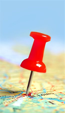 Push pin in a map, close up Stock Photo - Budget Royalty-Free & Subscription, Code: 400-07428456
