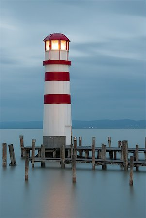 podersdorf - Lighthouse at Lake Neusiedl, Austria Foto de stock - Super Valor sin royalties y Suscripción, Código: 400-07421043