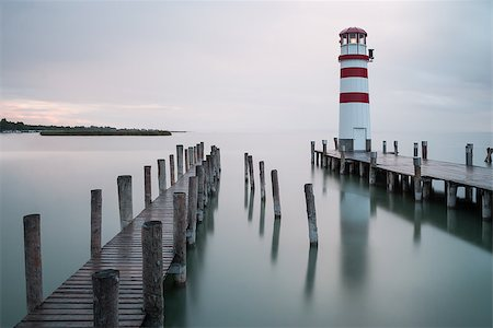 podersdorf - Lighthouse at Lake Neusiedl, Austria Foto de stock - Super Valor sin royalties y Suscripción, Código: 400-07552417