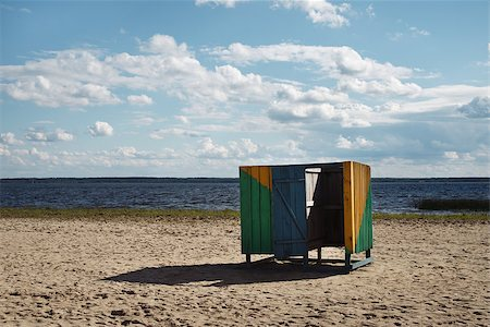wooden cubicle changing rooms on the beach Stock Photo - Budget Royalty-Free & Subscription, Code: 400-07747712