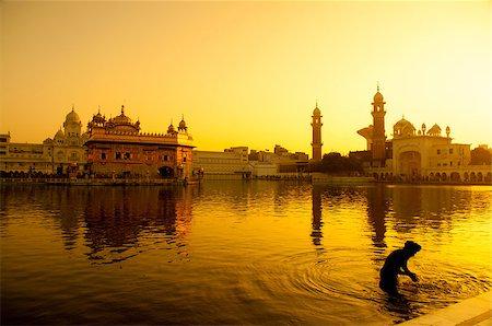 punjabi - Sunset at Golden Temple in Amritsar, Punjab, India. Stock Photo - Budget Royalty-Free & Subscription, Code: 400-07990369