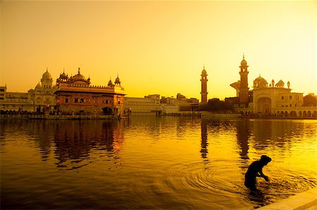 punjabi - Sunset at Golden Temple in Amritsar, Punjab, India. Stock Photo - Budget Royalty-Free & Subscription, Code: 400-07990369
