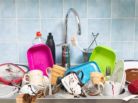 Kitchen utensils need a wash Stock Photo - Budget Royalty-Free & Subscription, Code: 400-08032771