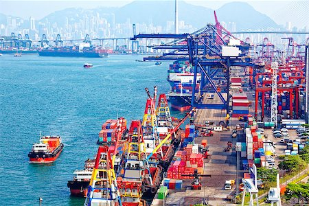 Containers at Hong Kong commercial port at day Stock Photo - Budget Royalty-Free & Subscription, Code: 400-08114381