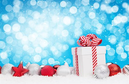 silver box - Christmas background with baubles, gift box and bokeh copy space Stock Photo - Budget Royalty-Free & Subscription, Code: 400-08296878