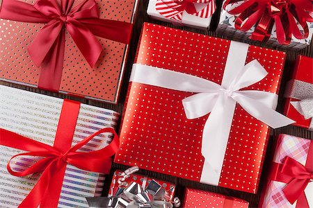 silver box - Christmas gift boxes on wooden table. Top view closeup Stock Photo - Budget Royalty-Free & Subscription, Code: 400-08299760