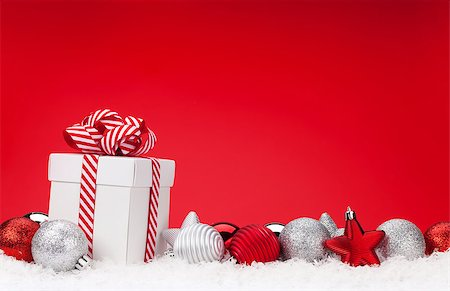 silver box - Christmas background with baubles, gift box and copy space Stock Photo - Budget Royalty-Free & Subscription, Code: 400-08346942