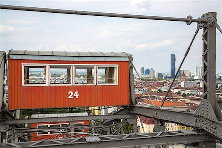 dpruter - The oldest Ferris Wheel in Vienna, Austria. Prater park Stock Photo - Budget Royalty-Free & Subscription, Code: 400-08403714