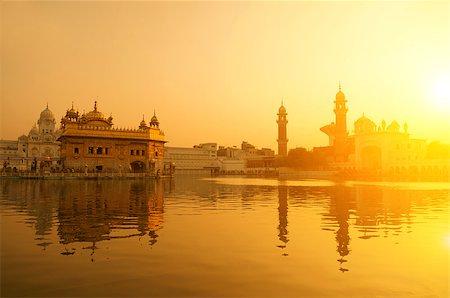 punjabi - Sunrise at Golden Temple in Amritsar, Punjab, India. Stock Photo - Budget Royalty-Free & Subscription, Code: 400-08428056