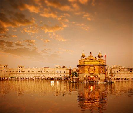 punjabi - Sunrise at Golden Temple in Amritsar, Punjab, India. Stock Photo - Budget Royalty-Free & Subscription, Code: 400-08429298