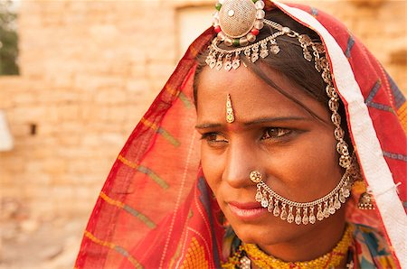 Portrait of an India Rajasthani woman Stock Photo - Budget Royalty-Free & Subscription, Code: 400-08430144