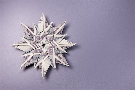 simsearch:400-05936191,k - snowflake origami made of banknotes dollar Handmade Stock Photo - Budget Royalty-Free & Subscription, Code: 400-08774302