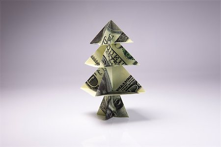 simsearch:400-05936191,k - Christmas tree origami made of banknotes dollar. Handmade Stock Photo - Budget Royalty-Free & Subscription, Code: 400-08791149