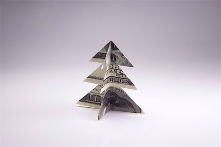 simsearch:400-05936191,k - Christmas tree origami made of banknotes dollar. Handmade Stock Photo - Budget Royalty-Free & Subscription, Code: 400-08791150