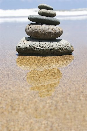 Pebble stack by the seashore Stock Photo - Budget Royalty-Free & Subscription, Code: 400-03913981