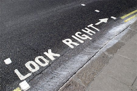 right - Look right sign in London, England Stock Photo - Premium Royalty-Free, Code: 604-00234370