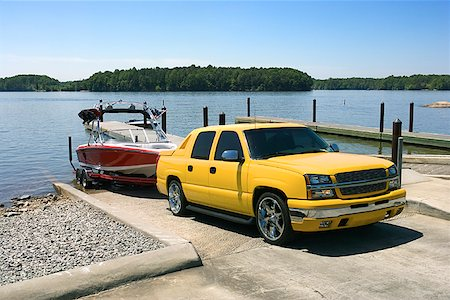 Boat and truck on boat launch Stock Photo - Premium Royalty-Free, Code: 604-00754528