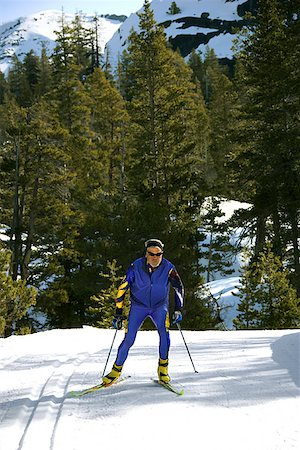 Man cross-country skiing Stock Photo - Premium Royalty-Free, Code: 604-00753739