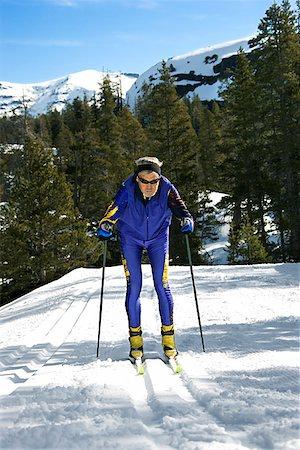 Man cross-country skiing Stock Photo - Premium Royalty-Free, Code: 604-00753741
