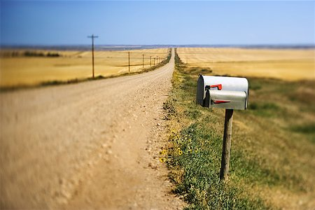 road landscape - Mailbox on dirt road Stock Photo - Premium Royalty-Free, Code: 604-00940310