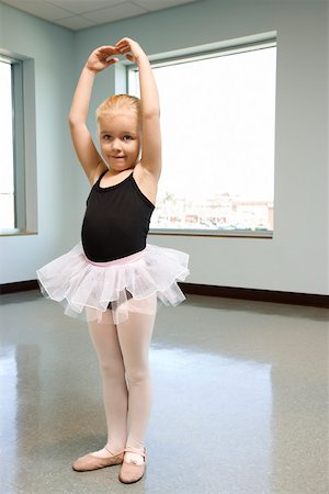 Girl in ballet class practicing Stock Photo - Premium Royalty-Free, Code: 604-01119462