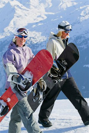 People walking with snowboards Stock Photo - Premium Royalty-Free, Code: 604-01571393