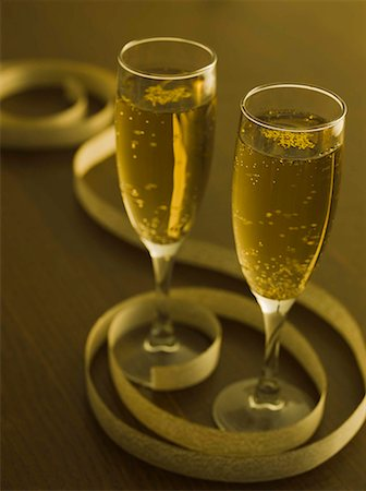 Glasses of champagne Stock Photo - Premium Royalty-Free, Code: 604-02370920