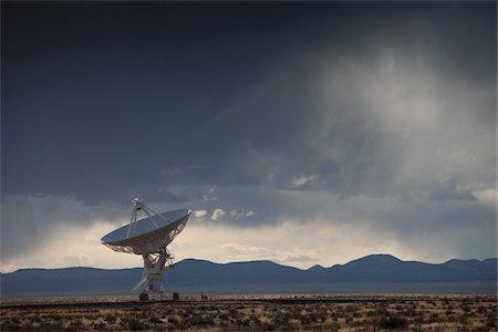 radio telescope - VLA Radio Telescope, Socorro, New Mexico, USA Stock Photo - Premium Royalty-Free, Code: 600-04425069