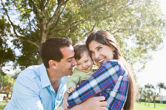 Portrait of Family Stock Photo - Premium Royalty-Free, Artist: Kevin Dodge, Image code: 600-04625281