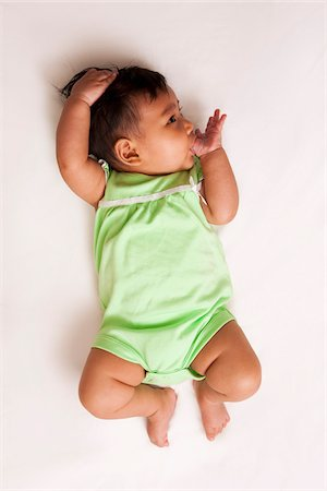 sucking - Portrait of Baby, Maryland, USA Stock Photo - Premium Royalty-Free, Code: 600-04929240
