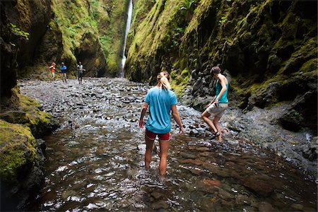 People Hiking in Oneonta Gorge, Oregon, USA Stock Photo - Premium Royalty-Free, Code: 600-04931716